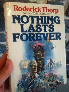 Livres Nothing Lasts Forever