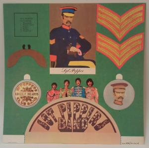 Sgt Pepper s Lonely Hearts Club Band (07)