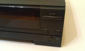 Compact Disc Interactive Player CDI 210 (03)