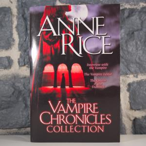 The Vampire Chronicles Collection- Interview with the Vampire, The Vampire Lestat, The Queen of the Damned (01)
