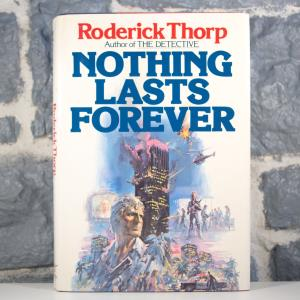Nothing Lasts Forever (Roderick Thorp) (01)